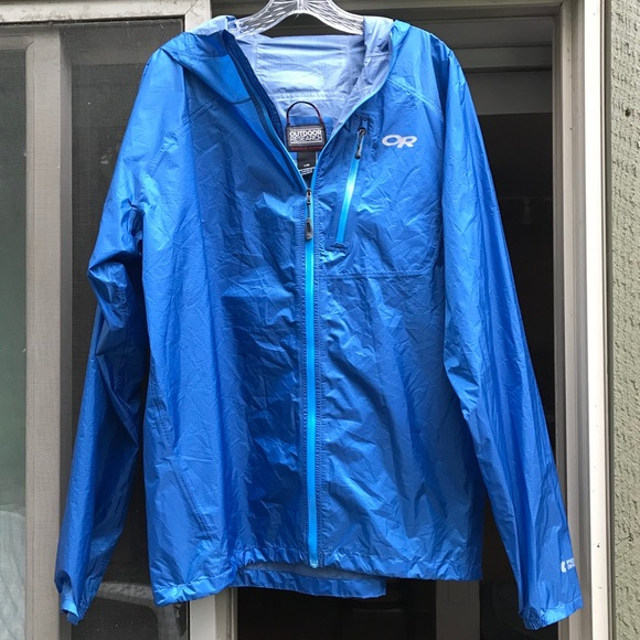official photos 03f47 6ce9a NWOT Outdoor Research Men's Helium II RainJacket L